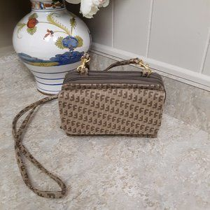Handbags - Tan & Brown Shoulder Bag